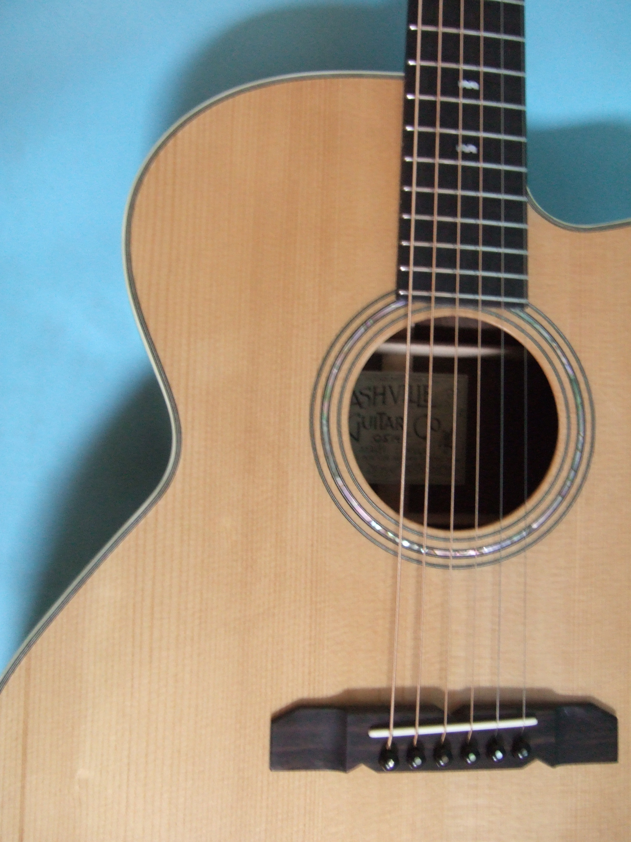 custom guitars nashville guitar company. Black Bedroom Furniture Sets. Home Design Ideas